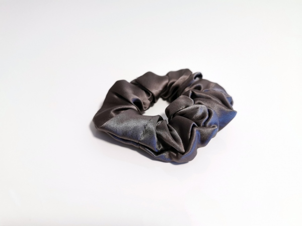 scrunchie seta grigio